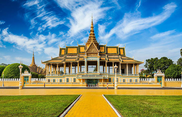 CAMBODIA EXPERIENCE 4 DAYS / 3 NIGHTS